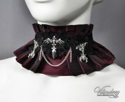 Red Vampire Choker by vilindery