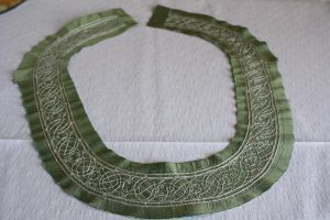 Green and white 2 - Neckline by PetStudent