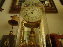 good old clock by TTLee