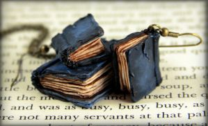 Beloved Books Jewelry Set by NeverlandJewelry
