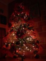 Oh, Christmas tree... by gabypunk15
