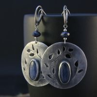 kyanit earrings I by skladsznurowadel