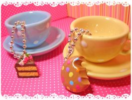 Two Cups by tedsie