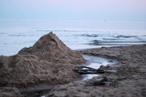 The Fall of a Sandcastle by Aprillka