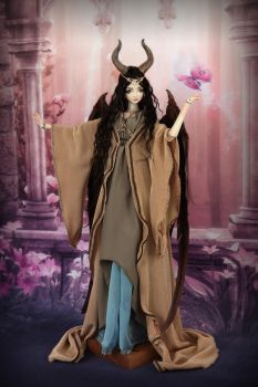Maleficent BJD Ball Jointed Doll Forgotten Hearts by FHdolls