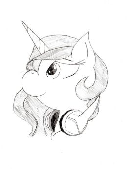 Celestia with Headphones by lordcurly972
