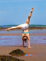 Handstand - Odd Angles by Michelle-xD