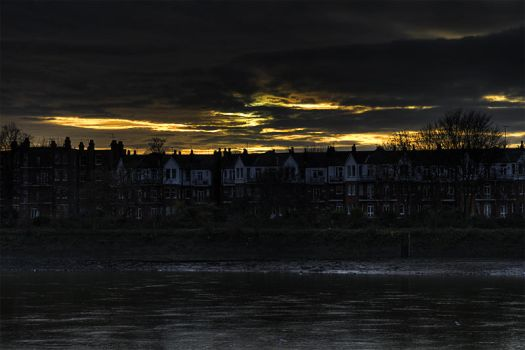 hammersmith_ricersideClose.HDR by ideck
