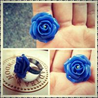 blue ring by fatooshi