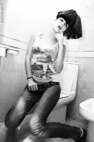 WC .. by jalijal