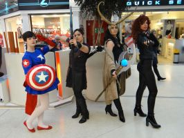 Avengers female version by Groucho91