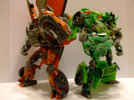 The Autobot Brothers by RedKARASU