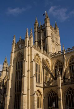 Bath Abbey in Sunlight by lars-bath
