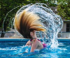 Hair Flip by MakaylaElaine1
