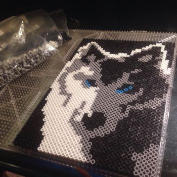 Perler Bead Direwolf by Nicketeer