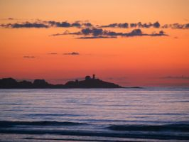 Dawn on the Nubble by davincipoppalag