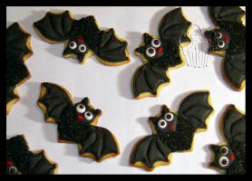 Bats Cookies by CakeUpStudio