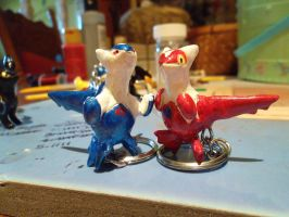 LATIOS AND LATIAS KEYCHAINS by carcaradontalicious