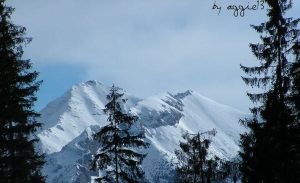 Mountains by Aggiene
