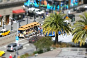 Cable Car on Union Square - tiltshift effect by Dr-J-Zoidberg