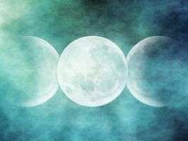 triple Moon by Lulafay