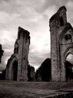 Abbey ruins by davism