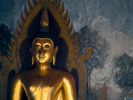 Golden Buddha Statue by vanfoto