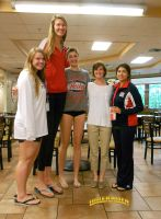 Tall Volleyball girl by lowerrider