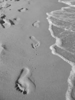 footprints by Schiaccianoci