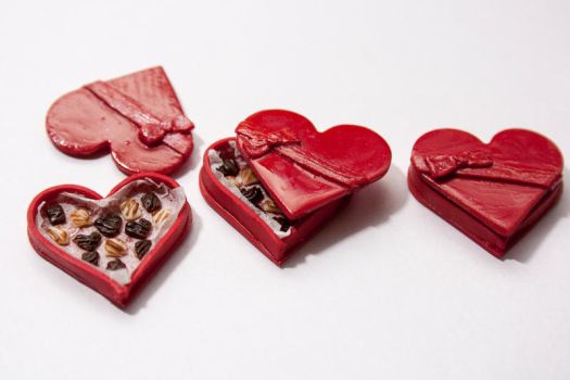 Tiny Chocolate Boxes by Tharanthiel