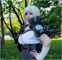 League Of Legends: Riven Cosplay II by DarkAmyLee