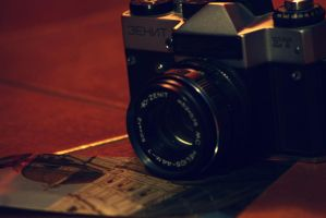 Addicted to Photography by MoonlessNightGirl