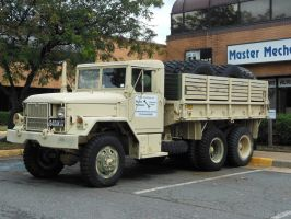 Retired U.S. Army Truck by rlkitterman