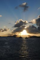 Sailin' with wind and sunshine by Relphien
