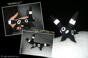 plushie: Midnight the Umbreon2 by Kirsui
