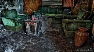 Green couches reloaded by DeviantMotiv