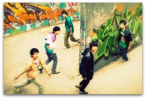 SHINee again :D by dhiiezone