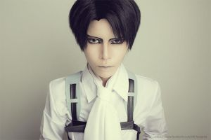 Levi cosplay by Yuri-Core