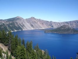 crater lake by emothenemo