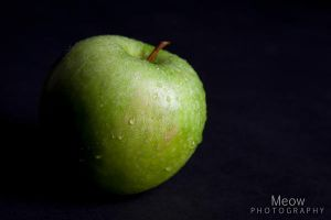 Green Apple by laSuperMeow