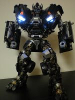 leader class Ironhide 1 by future-trunks