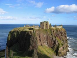 Dunnottar Castle by Moriquendi88