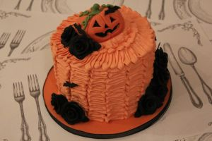 Halloween Cake by GirlOfTheOcean