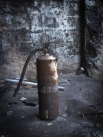 Surviving Fire Extinguisher by Know-The-Ropes