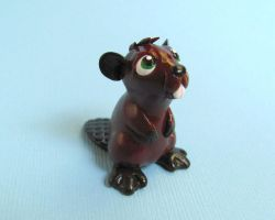 Beaver Figurine by DragonsAndBeasties