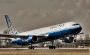 United Airlines by JoostvanD