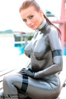 Latex: The perfect silver latex catsuit by SandraLatexFr