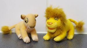 Sarabi and Mufasa playset mini plushies by Gallade007