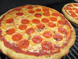 Grill-Top Pizza by Toderico