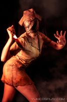 Silent Hill - Nurse cosplay by Yukilefay